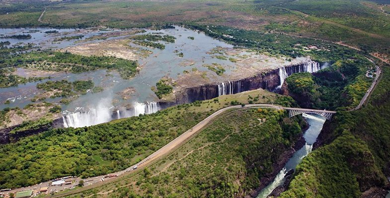 Low water levels at Victoria Falls