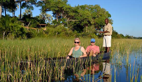 Pelo Camp mokoro safari