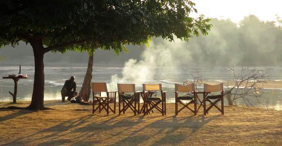 Breakfast in the South Luangwa
