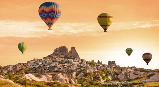 Visit Turkey: Explore Istanbul & Cappadocia